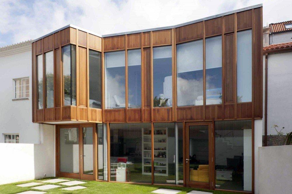 Casa rediseñada para integrarse en el su entorno en Silleda, España